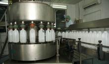إغلاق 26 مصنعاً للمياه المعبأة في السعودية