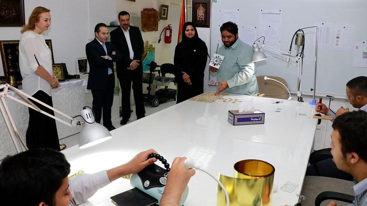 تبرع بقيمة 320 ألف درهم من الفوز القابضة لمدينة الشارقة للخدمات الإنسانية