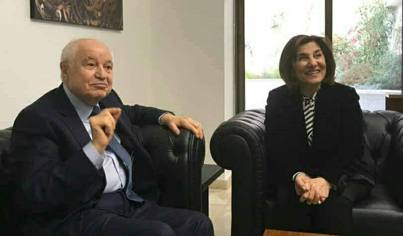 أبو غزالة: مجموعتنا مستعدة لوضع كوادرها ومؤسساتها بخدمة سورية