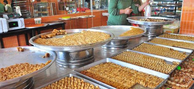 جمعية الحلويات: الأنواع الفخمة تنتج للزبون اللبناني وشريحة محدودة من السوريين