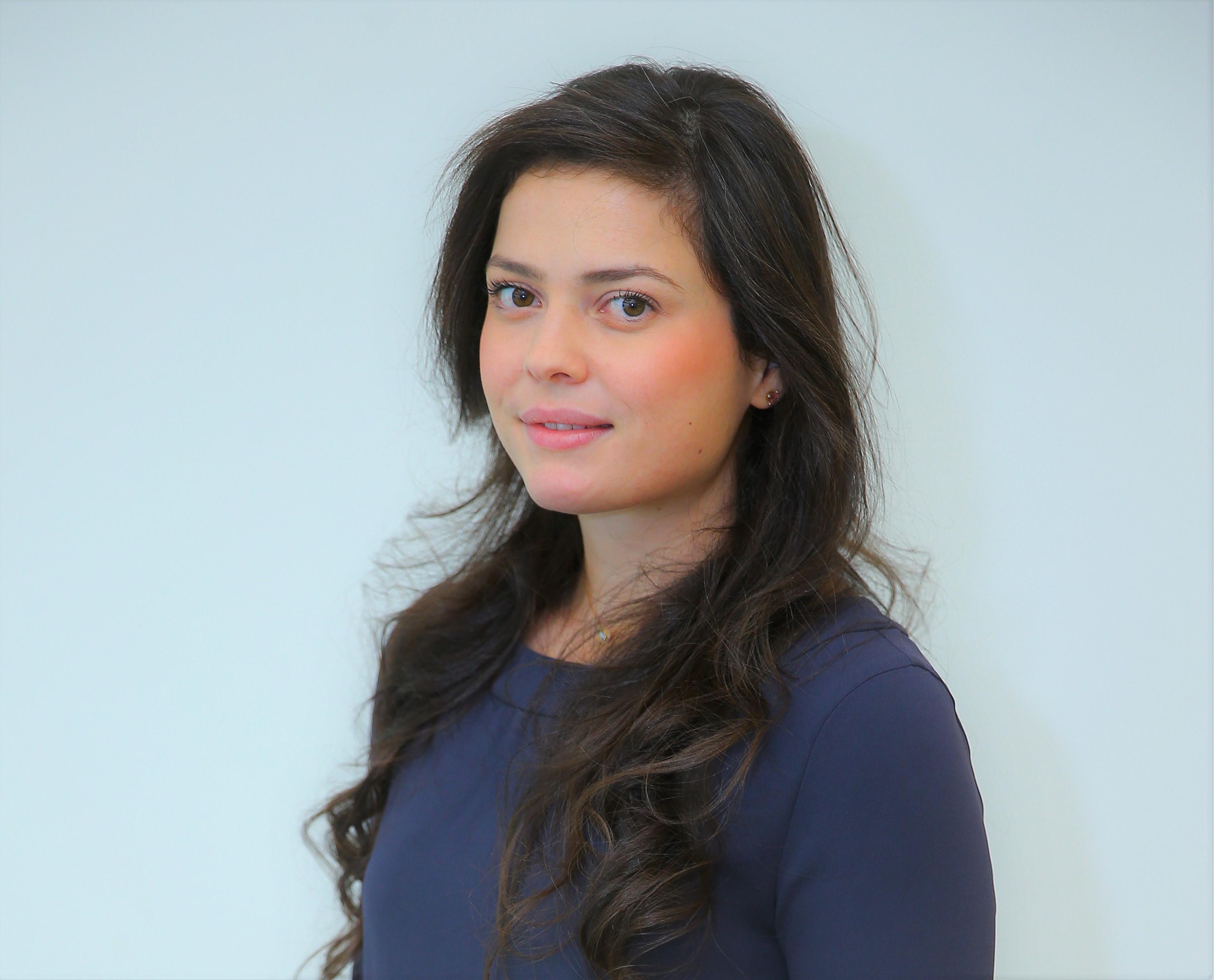 مبادرة بيرل تعيّن ياسمين عمري رئيساً لقسم البرامج