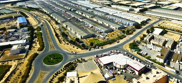 مجمع دبي للاستثمار يوقع اتفاقية مع إيه بي بي بـ86 مليون درهم