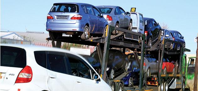 الاقتصاد تنفي السماح باستيراد سيارات صينية جديدة أو مستعملة