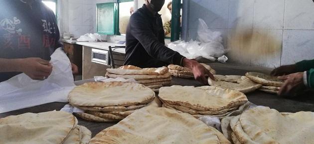 مواطنون: تصلنا رسائل استلام مخصصات الخبز رغم عدم شراء المادة